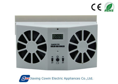 China Automatically Running Solar Trailer Vent Fan 500ma Current For Heat Reduction factory